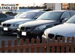 【BMW中心の展示車】国道沿いにBMWを多数展示しております。是非、見学にお越し下さい。