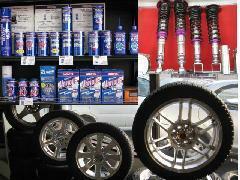 タイヤをはじめ各種用品も致しております。