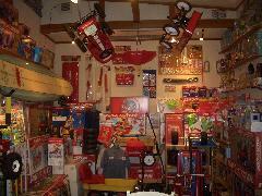 店内には、アメリカトイ「Radio Flyer正規代理店」の販売もいたしております。是非、お気軽にお越しください。
