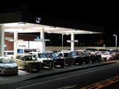 軽自動車から高級セダン・輸入車まで幅広く取り扱ってます。