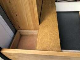 専用コーナーポケット×2付き 本木目・専用フィット設計 職人カット組みキット。 各種収納。キットは脱着可能です。