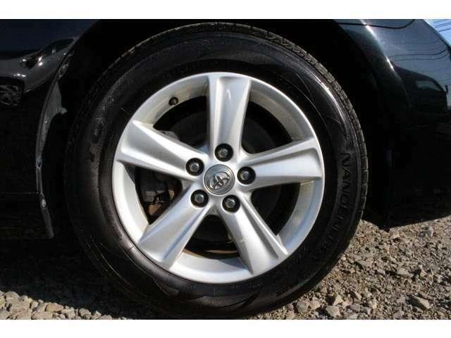 夏冬タイヤ付、タイヤの溝もしっかりありますのでご安心ください!☆キャンペーン中につき、タイヤ交換をずっとサービス致します☆