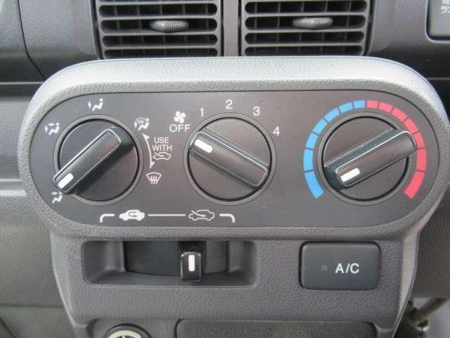 A/C付いています。快適なドライブができます♪