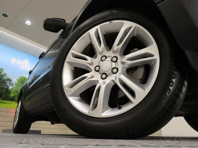 ◆純正19インチアルミホイールは、モデル別に開発されたジャガー・ランドローバー拘りのパーツの一つです。ホイールコーティングにより、美しいデザインを維持しやすくすることも可能です◆