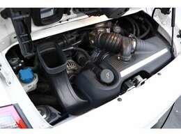 3.6リッター水平対向6気筒DOHC