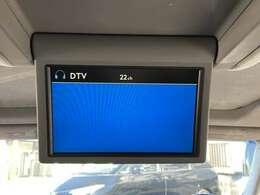 後席モニター付きなので、2,3列目の方もTVやDVDをお楽しみいただけます♪