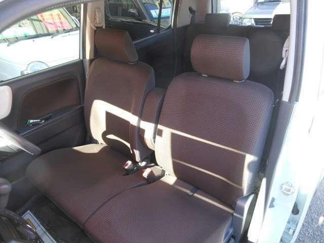 禁煙車で綺麗なフロントベンチシート!