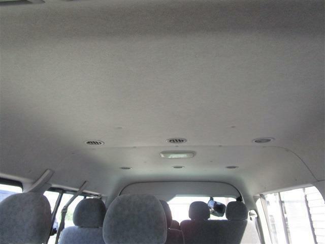 吹き出し口が沢山あるので、同乗される方の空調管理も安心ですよ♪