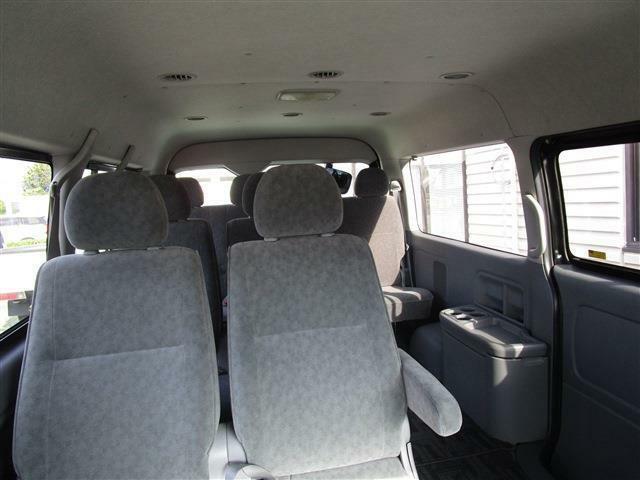 座席のリクライニング加工なども承っております。