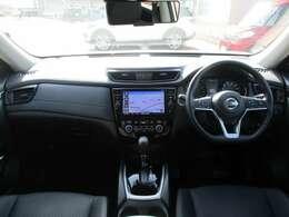 窓ガラスが大きく車両感覚も掴みやすく運転のしやすいお車になっております♪