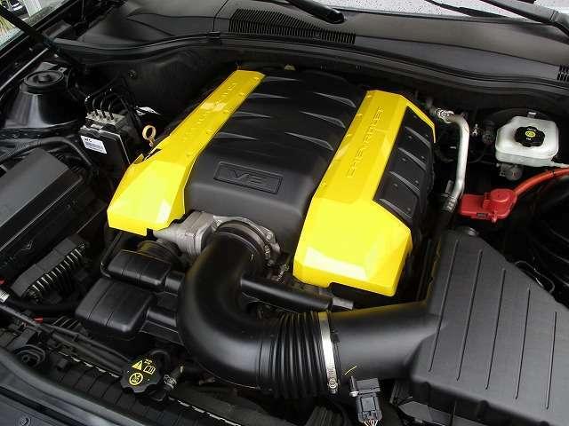 6.2リットルV8エンジン