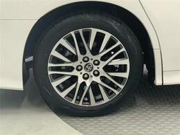 トヨタ認定車両検査員の目で厳しくチェック。わずかなキズも車両検査証明書にしてお見せします。