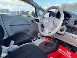 人気のホワイト仕入れました!7万キロ アルミ スマートキー シートヒーター 寒冷地仕様車 ABS