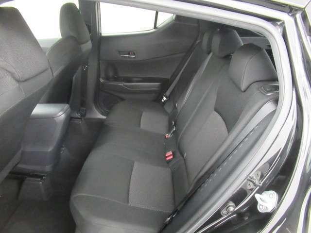 しっかりとしたシートで、座り心地も良く長時間の運転でも快適です。
