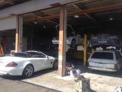 自社工場完備なので安心です。積載車も完備しています。