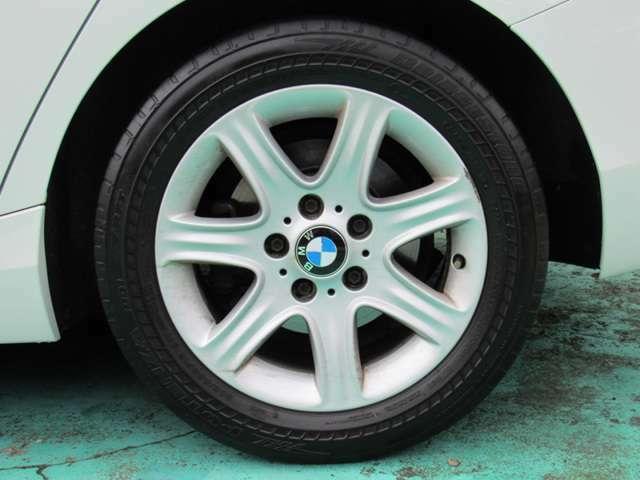 お車に安心して乗って頂けるように、ご購入後は車輌の点検&車輌診断は無料です。いつでも 気軽に立ち寄れ、なんでもご相談下さい♪