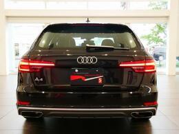 ブレーキライト/ テールライトにもLED を採用。素早く点灯し、視認性も高いので、ブレーキングなどの挙動を後方ドライバーにいち早く知らせます。
