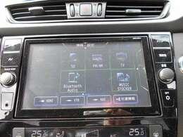 フルセグTV・CD&DVD&ブルーレイ再生・CD録音・USBケーブル・ブルートゥース機能がついてます