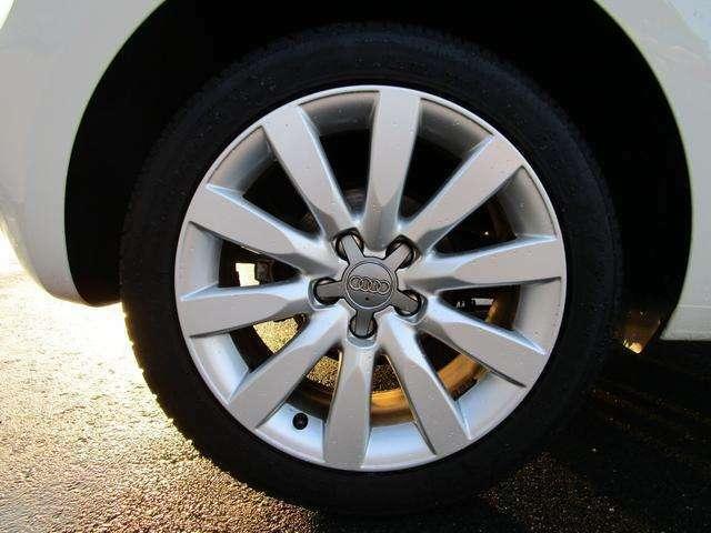 お写真では伝わりにくい車両の状態を詳しくご説明させて頂きますのでお気軽にお問合せ下さい!