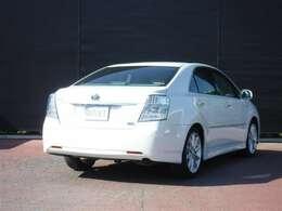 トヨタブランドとして、プリウスの発売以来、2車種目のハイブリッド専用モデルとなる「SAI」です。