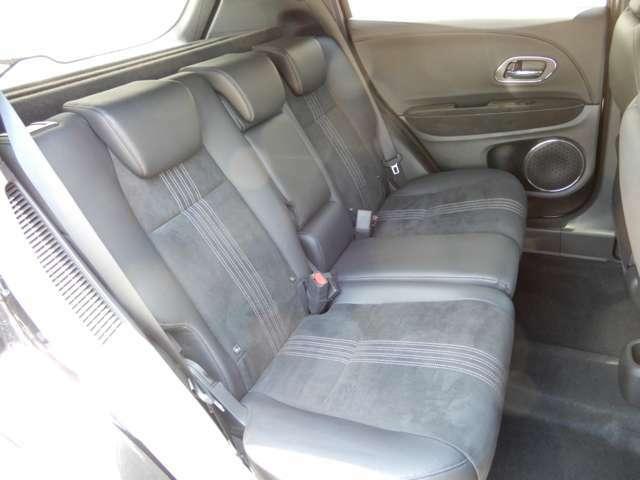 後席シートでもゆったり座ることができます。