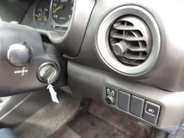 カーセンサー掲載お買得車です♪是非、現車確認にお越し下さい♪お問合せ・ご来店の際はカーセンサーを見たとお伝えください♪