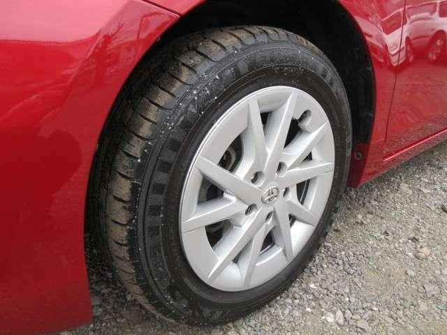 2019年製造の良質な国産タイヤ付きです!もちろん、しっかりと溝がございます。整備の行き届いた良質なお車に、充実の装備内容でこれからのカーライフが楽しく、安心してお乗り頂けるお車です☆