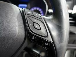 LDW(車線逸脱警報)『車線から外れると、注意を促しますドライバーが意図しないのに車線を逸脱した場合に、 これを検知して警報で注意喚起することで安全性を確保するための技術です。』