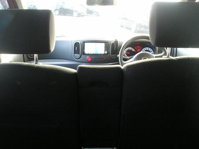後部座席からの画像
