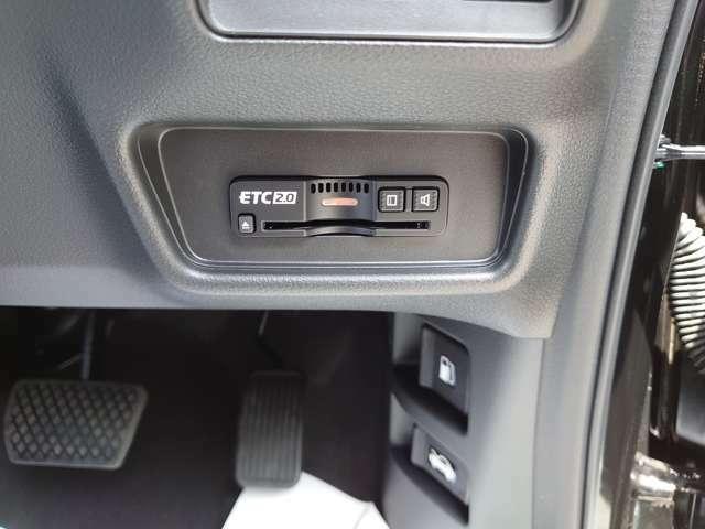 車両本体に純正のETC2.0が付いておりますので、そのままお使い頂けます。