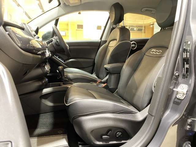 座り心地の良いシートは、長時間のドライブも快適に過ごせるように設計しています!