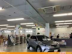新車、中古車、車検や修理、タイヤのご用命。お車のことなら当店におまかせください!