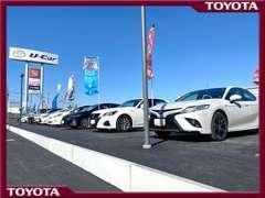 経済的な軽自動車、燃費の良いハイブリッド車、家族で使えるミニバンからSUVまで、様々な車種を常時70台ほど展示しています。