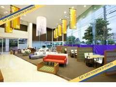 1階は、ホテルのロビーの様なオシャレで洗練されたスペース。