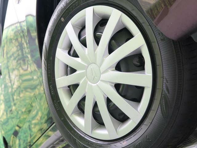 【純正ホイールキャップ装備】各種アルミホイール+タイヤやスタッドレスのセットもお取扱いございますのでご検討の方はスタッフまでご相談ください。