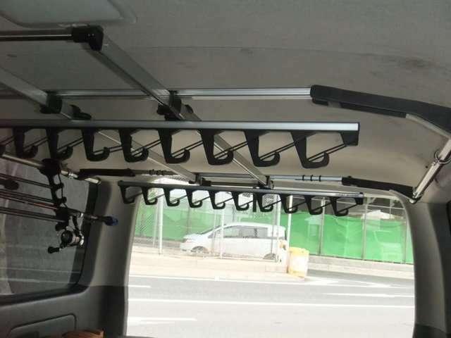 8本ロッドフォルダー標準装備!  フィッシングPKG 便利なパーツが標準装備!