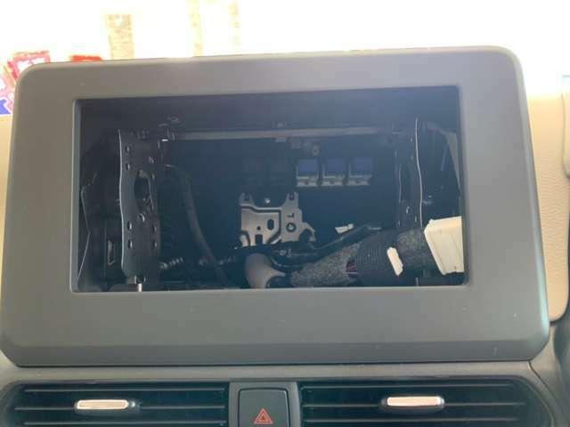 オーディオレス車両です。お好きなオーディオをお付けできます。