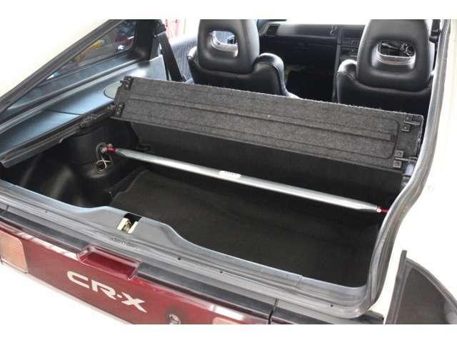 CR-Xに良くあるリアハッチからの雨漏れも対処済みです。 純正トランクトノカバーも付属します!