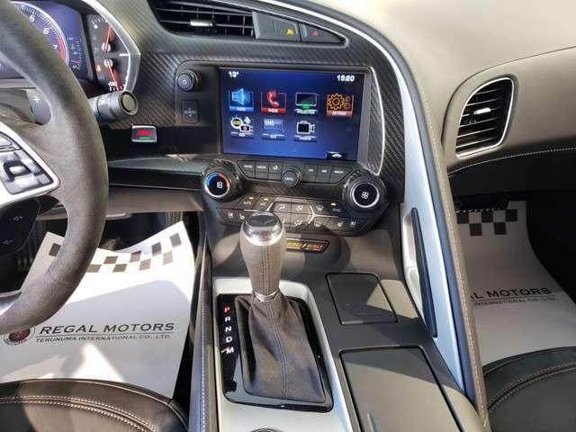 Bluetoothは勿論のこと、Apple car playがご使用いただけます