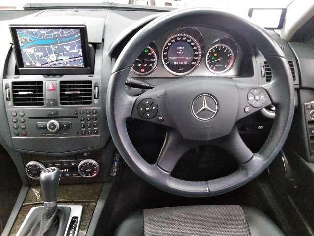 創業以来一貫して自社で買い取った中古車を直接販売致しております。