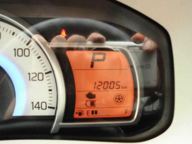 走行距離12000キロ台のお車です。