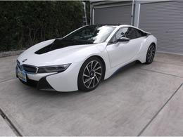 BMW i8 ベースモデル 車検3年3月/革シート シートヒーター付き