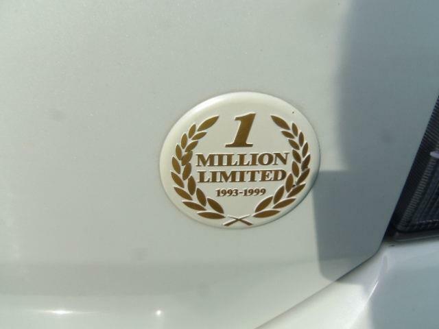 100万台記念限定車!