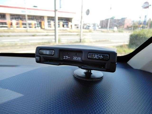 ETC付きです。高速道路の料金渋滞を緩和してくれる嬉しい装備です。ETCカードだけご準備いただければすぐ使えます。