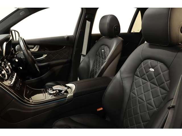綺麗な状態が維持されたエディションワン専用デジーノナッパブラックレザーシートを装備!メモリー機能付きパワーシート、シートヒーター、ランバーサポートなど多機能設計でドライブをサポートします!!
