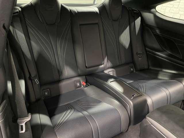 後席シートもバッチリな状態です!使用感が全く御座いません!非常にオススメ車両!!