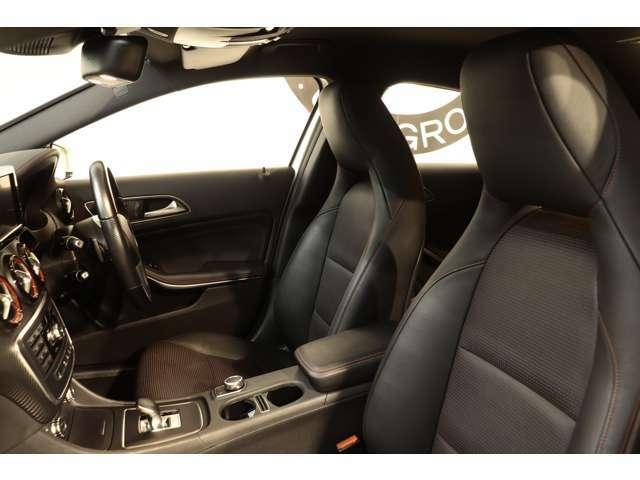 綺麗な状態を維持したブラックレザースポーツシートを設定!メモリー機能付きパワーシート、シートヒーター、ランバーサポートなど多機能設計で快適なドライブをサポートします!