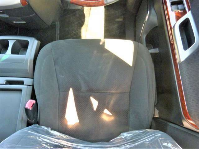運転席シート!