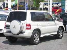 背面タイヤ(専用スペアタイヤハードカバーケース付) リアワイパー 大型ドアバイザー 衝突安全ボディー UVカットプライバシーガラス