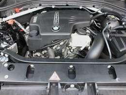 綺麗なエンジンルームです。2000ccターボエンジン☆245PS☆エンジンは高回転までしっかり吹け上がり、アイドリングも一定となっております。非常に良好です。■走行管理システムもチェック済みです☆